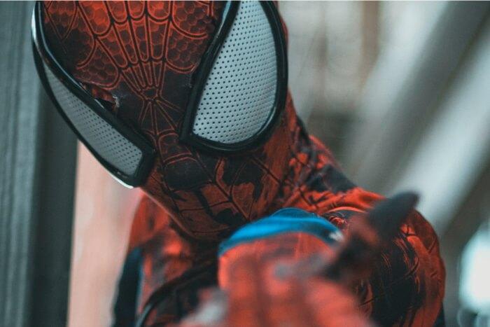 ハロウィンのメンズコスプレ衣装3「スパイダーマン」