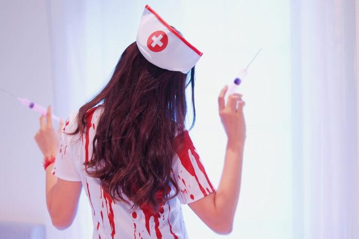 ハロウィンのレディースコスプレ衣装3「ナース」