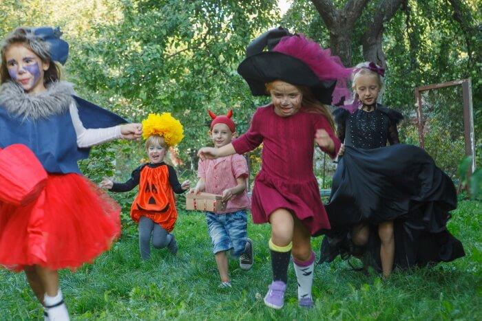 街中で着れるハロウィンのコスプレ衣装(キッズ編)
